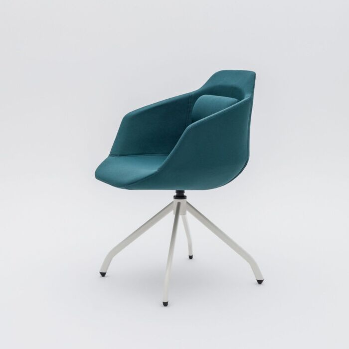 <strong>Ultra armchair Fabric:</strong> Xtreme <strong>Color:</strong> Xr160 <strong>Base color: </strong> M010