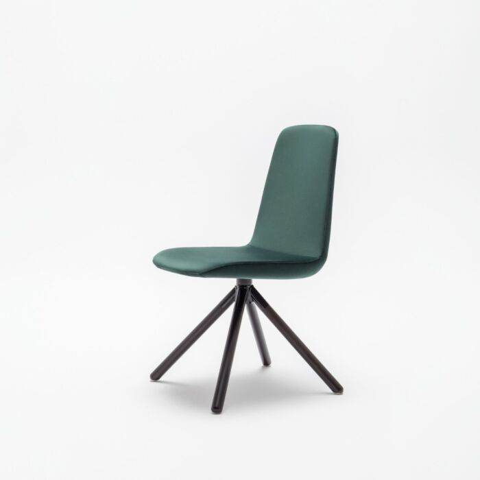 <strong>Ulti chair Fabric:</strong> Xtreme <strong>Color:</strong> Xr430  <strong>Base color: </strong> M115