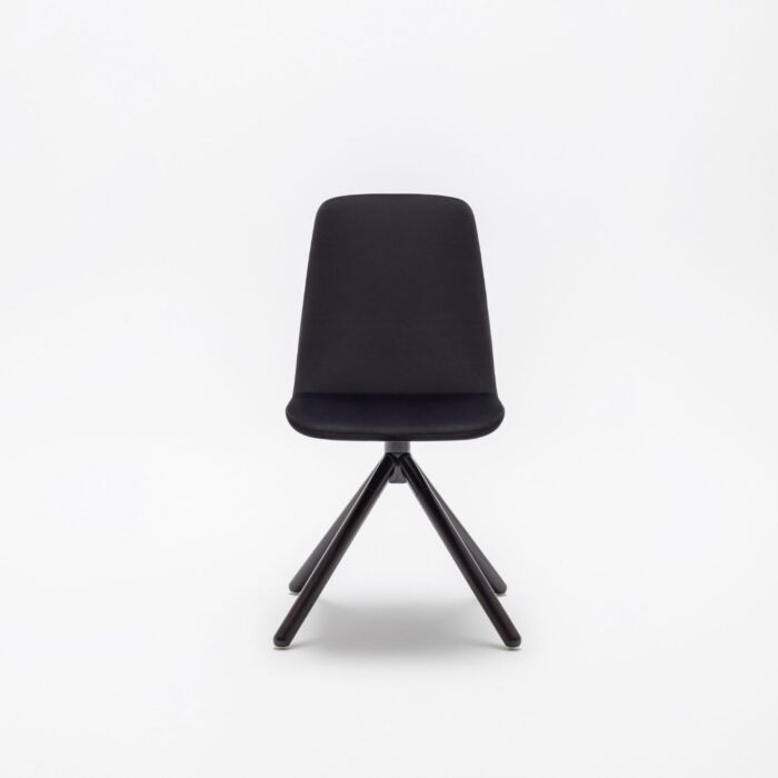 <strong>Ulti chair Fabric:</strong> Xtreme <strong>Color:</strong> Xr009  <strong>Base color: </strong> M115
