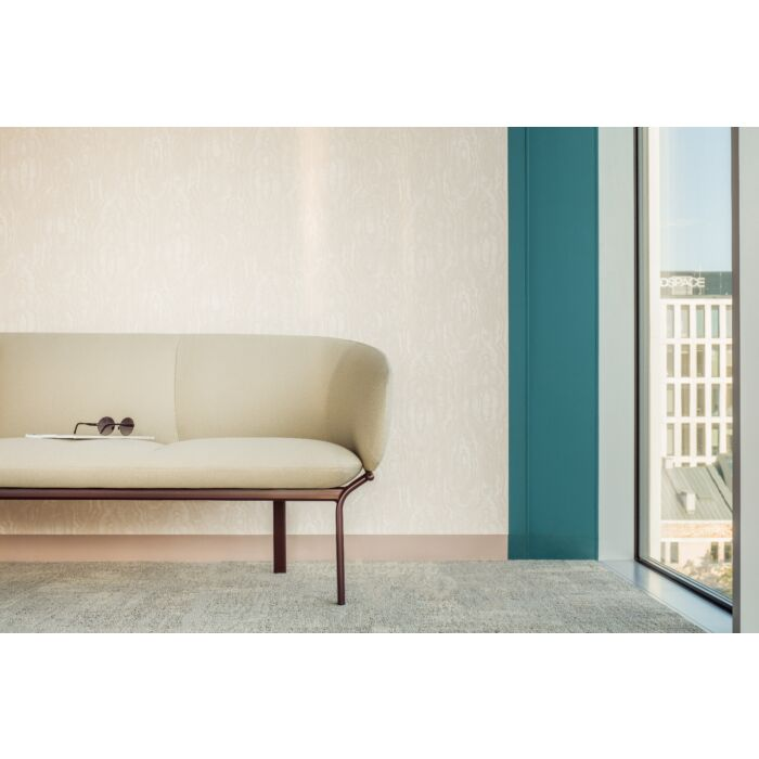 <strong>Grace sofa Fabric:</strong> Xtreme <strong>Color:</strong> Xr108 <strong>Base color: </strong> M013