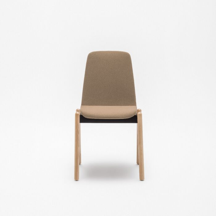 <strong>Ulti chair Fabric:</strong> Xtreme <strong>Color:</strong> Ys071  <strong>Base color: </strong> 0071